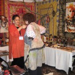 Dandi helping a customer