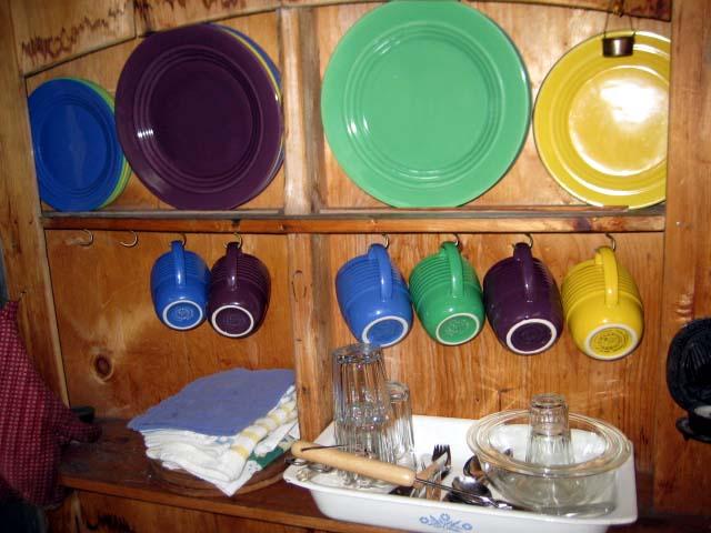 cabin-kitchenette-1