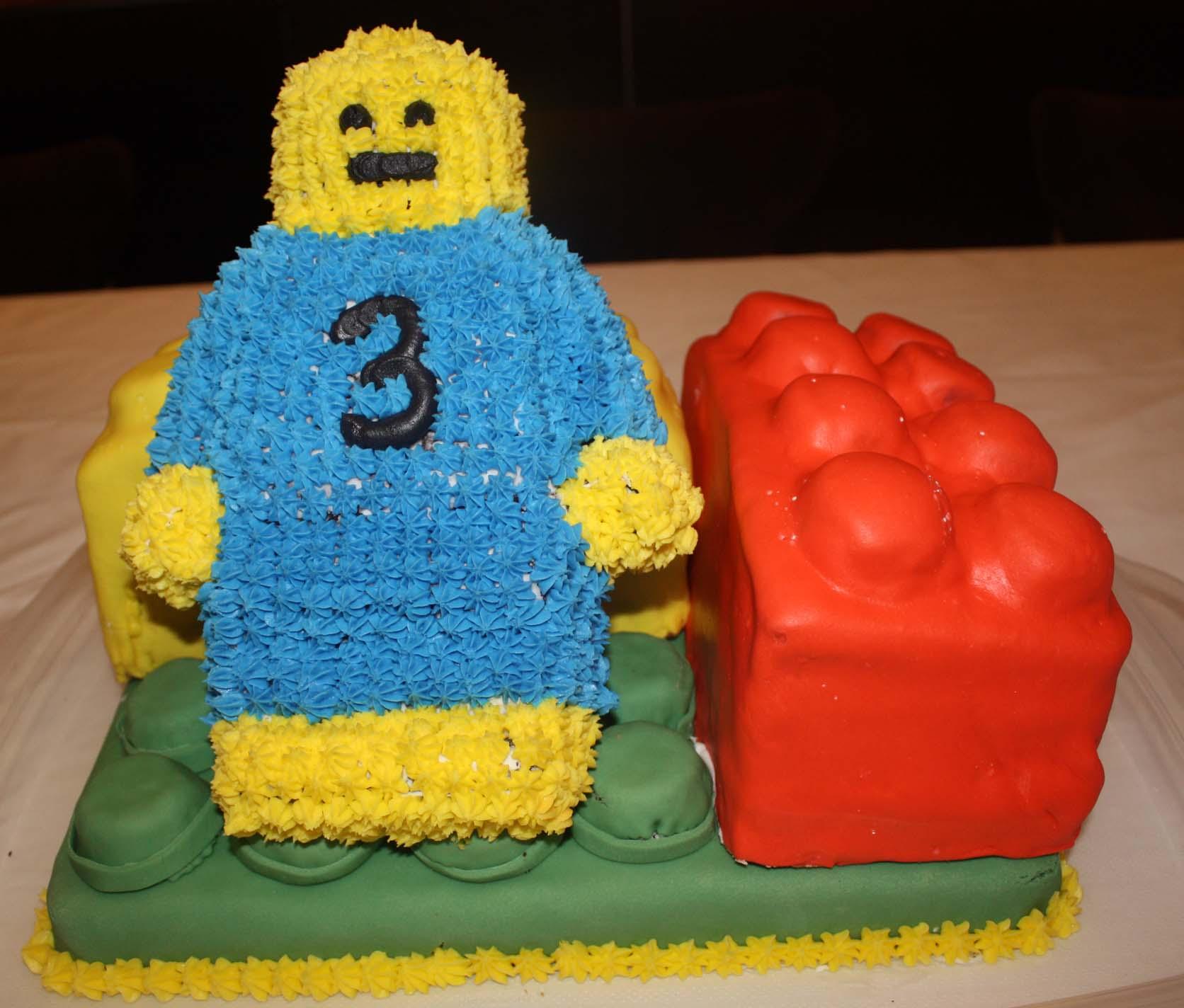 The Building Blocks Of A Boys Birthday Cake Home Made