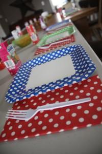 A view of the polka dot plates I scored Dollarama